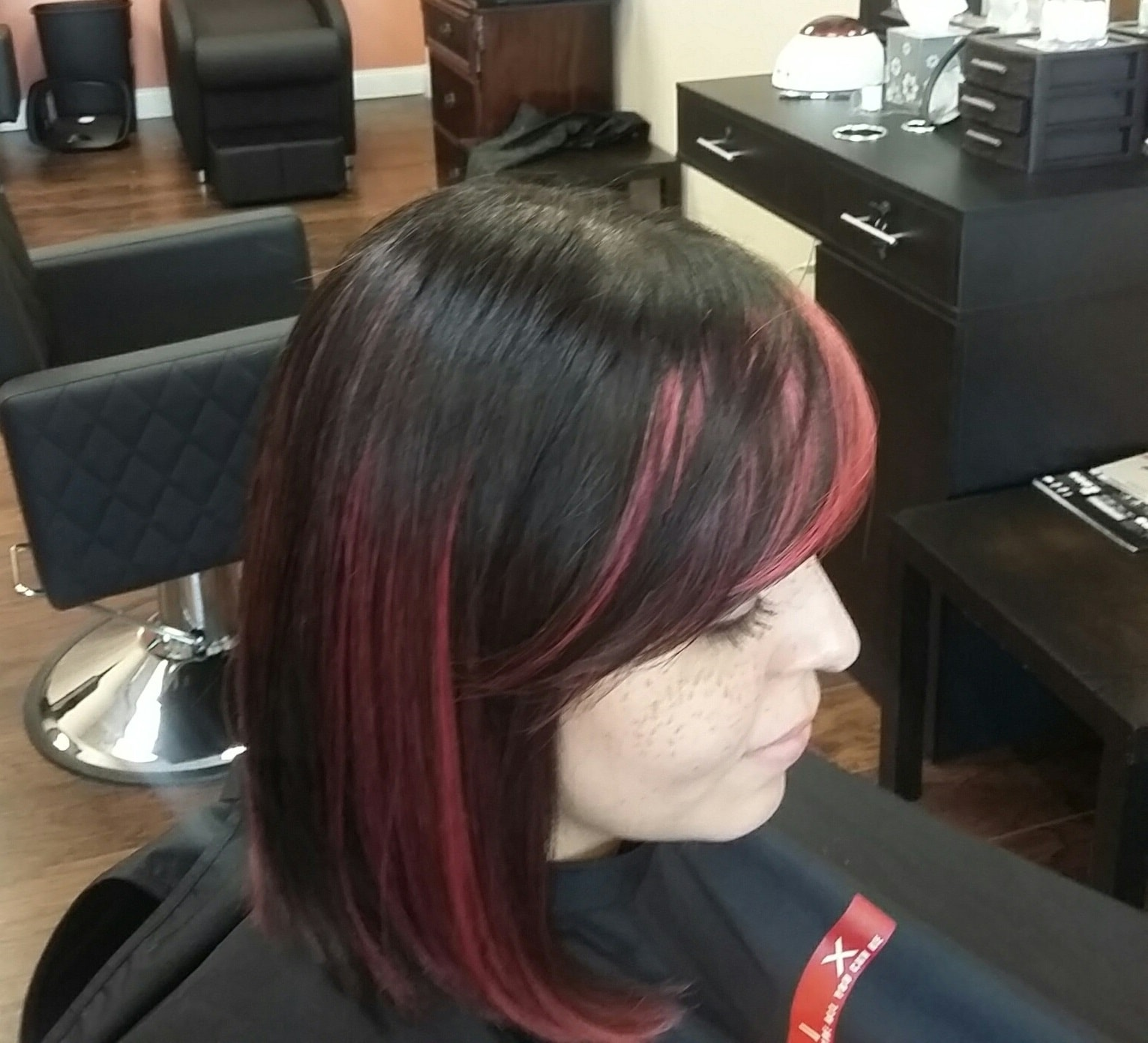 hair salon highlights for women